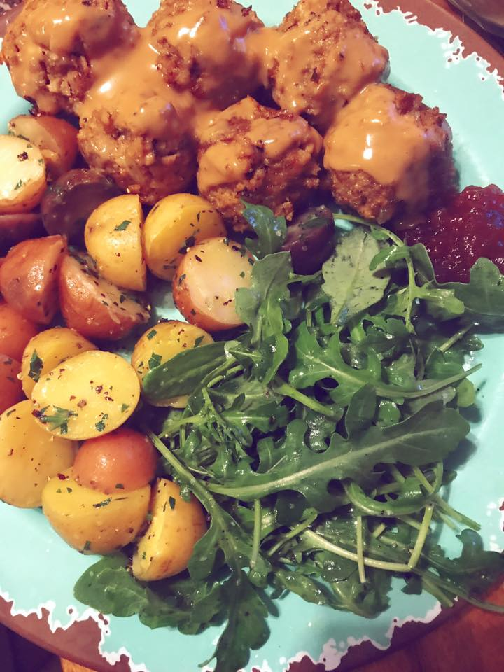 swedish meatballs plated